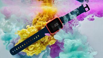 Умные часы Amazfit Bip S работают до 40 дней без подзарядки