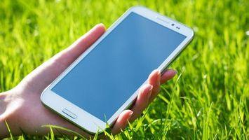 Обзор недорогих смартфонов с большим экраном