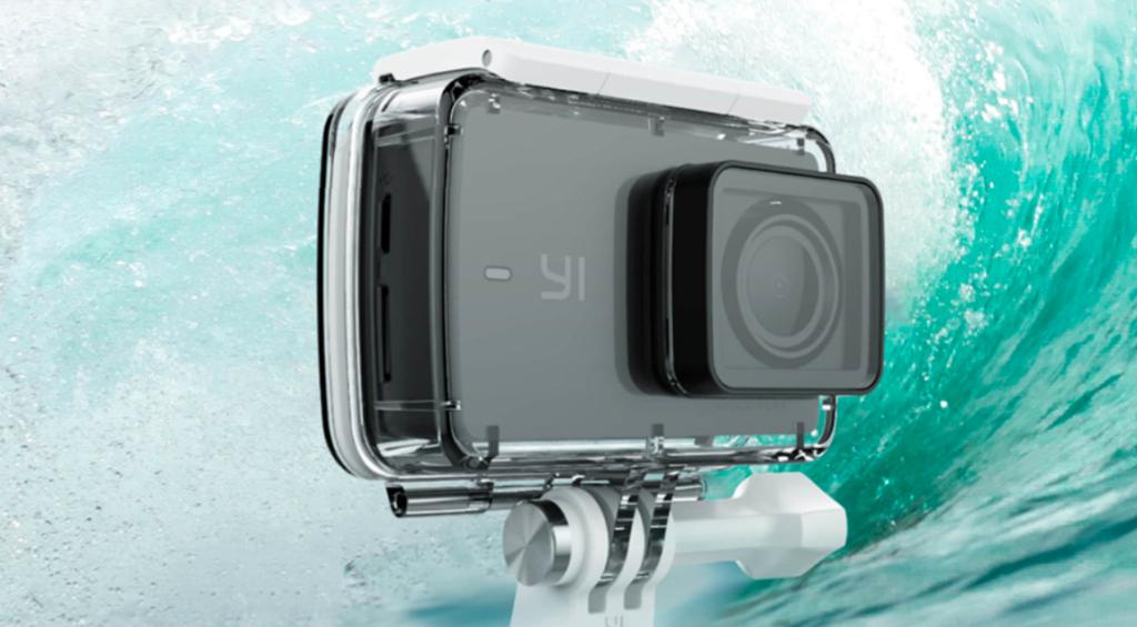 Экшн-камера YI Discovery